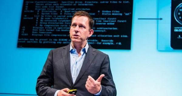 Huyền thoại Peter Thiel chia sẻ cách thức thành công từ những thương vụ đầu tư mạo hiểm