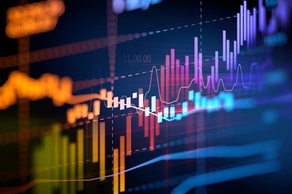 Phân tích đầu tư chứng khoán dựa trên phân tích kỹ thuật và phân tích cơ bản