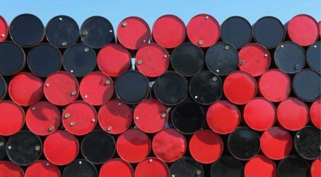 Dầu tăng gần 1% trước thềm cuộc họp quan trọng của OPEC